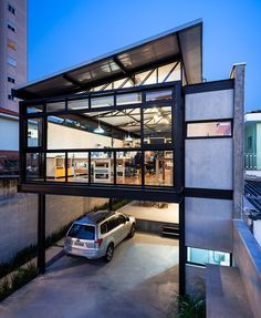 Image 6 of 17 from gallery of Alberto Seabra Project / Base 3 Arquitetos. Photograph by Pedro Vannucchi Industrial Architecture, Contemporary Architecture, Interior Architecture, Interior Design, Container Home Designs, Steel Frame House, Steel House, Style At Home, House On Stilts