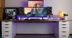 Fantastic and Cool Gaming Desk Setup. Gaming desk setup material selection is mandatory that you should consider as it relates to the strength of the table and the durability of accommodat. Computer Desk Setup, Gaming Room Setup, Pc Desk, Pc Setup, Gaming Computer, Ikea Desk, Home Office Setup, Home Office Design, Office Ideas