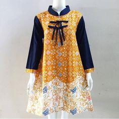 Batik Kebaya, Batik Dress, Pakistani Dress Design, Pakistani Outfits, Blouse Batik Modern, Mode Batik, Thai Fashion, Muslim Women Fashion, Batik Fashion