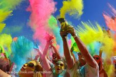 we are one color festival