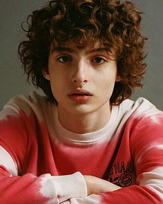 He's so cuuuteee - Famous Last Words Finn Stranger Things, Jack Finn, Millie Bobby Brown, Celebrity Crush, Cute Guys, Pretty People, Fangirl, Husband, Celebrities