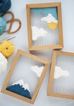 DIY Weaving: Small Woven Landscapes | Learn how to weave these cute framed landscapes! [Directions in French, but photos are really easy to follow along with.]