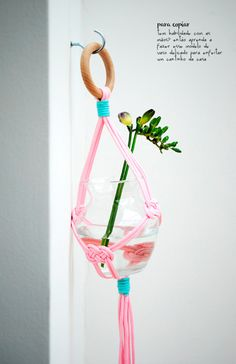 hanging gardens and DIY macrame vase #decor #gardening #jardins