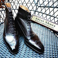 Black on Black. Calf on Scotchgrain. These MTO options are only available by Vass. I Ascot Shoes is a British based shop specialising in hand made Vass Shoes. Email Sammy for advice on Sizing, Fitting & Made To Order Prices. :envelope_with_downards_