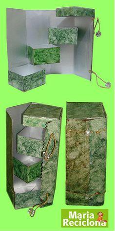 Cd Crafts, Diy Home Crafts, Diy Craft Projects, Makeup Storage Box, Tetra Pak, Recycling, Diy Wallet, Diy Cardboard, Recycle Plastic Bottles
