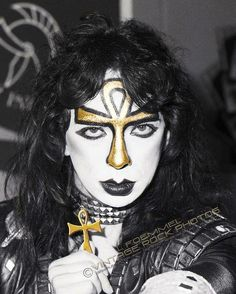 Vinnie Vincent. Talented, but troubled.