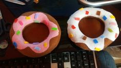 Donuts em feltro porta celular