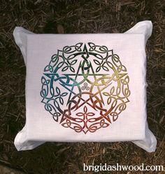 Elemental Celtic Pentacle Tarot or Altar Cloth (White) -  Pagan Wiccan - Brigid Ashwood. $25.00, via Etsy.
