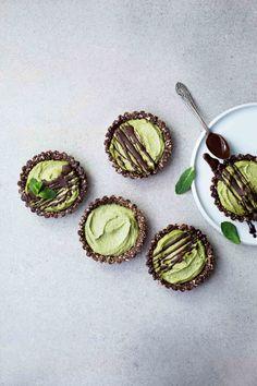 Mint Chocolate Mini Tarts (Vegan, Gluten-Free)
