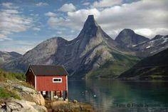 Guided trip to Stetind - Norways National Mountain - Tysfjord Turistsenter AS