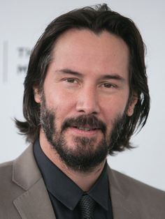 Keanu Reeves with Long Hair - Stil Finder Keanu Reeves House, Keanu Reeves John Wick, Keanu Charles Reeves, Pinterest Design, Hair And Beard Styles, Long Hair Styles, Keanu Reeves Quotes, Keanu Reaves, Creative Hairstyles