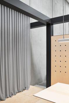 10 Prodigious Ideas: Minimalist Home Design Bedrooms minimalist kitchen white woods.Minimalist Interior Home Shelves boho minimalist decor house tours. Minimalist Bedroom Small, Minimalist Home Interior, Minimalist Living, Minimalist Decor, Minimalist Curtains, Modern Minimalist, Retail Interior Design, Japanese Interior Design, Interior Design Kitchen
