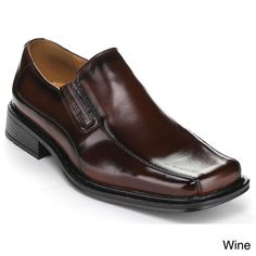 From the gleaming faux-leather upper to the handsome square toe, these slip-on loafers add a strong, professional look to your shoe collection. A padded footbed and a textured sole give you essential support throughout your day.