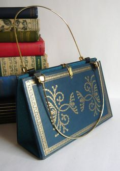 """turn your book into a bag! a whole new take on """"book bag"""""""