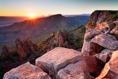Travel and Recreation in Africa Valley Of Desolation, Great Karoo, South Africa. Photo by Hougaard Malan Sunset Landscape, Landscape Photos, Landscape Photography, Kruger National Park, National Parks, All About Africa, Port Elizabeth, Most Beautiful Cities, Live