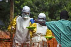 #Epidemia Um quarto médico morreu neste domingo de Ebola em Serra Leoa,