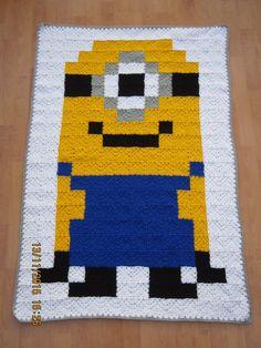 Crochet Pixel Minion Blanket by byJakiB on Etsy
