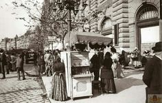 1910. Erzsébet körút. Old Pictures, Old Photos, Vintage Photos, History Photos, Budapest Hungary, Historical Photos, Arch, The Past, Street View