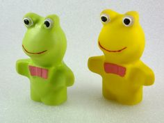 Frog Rubber Vintage Collectible Toy Chew Toy  by ContesDeFees