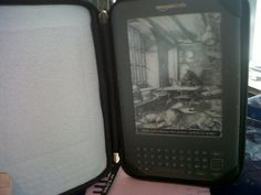 kindle wi-fi     Do you like reading? It is time to discover  the Revolutionary electronic-paper...