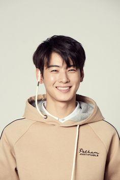 #Eunwoo #차은우 #Astro Kdrama, Astro Fandom Name, Eunwoo Astro, Cha Eun Woo Astro, Men Photography, Minhyuk, True Beauty, Gorgeous Men, Cute Guys
