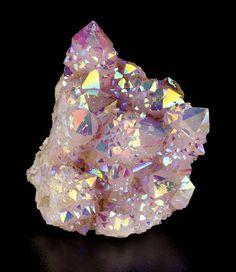 "dubfairy: ""bijoux-et-mineraux: "" Rainbow Aura Spirit Quartz - South Africa (rainbow aura quartz is quartz that has been enhanced with a combination of titanium and niobium) "" such a beautiful crystal,. Minerals And Gemstones, Rocks And Minerals, Cristal Art, Spirit Quartz, Rainbow Quartz, Beautiful Rocks, Mineral Stone, Rocks And Gems, Stones And Crystals"