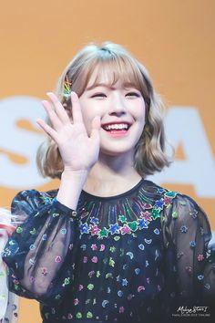 South Korean Girls, Korean Girl Groups, Seolhyun, Kpop, Extended Play, Blackpink Jennie, Cute Korean, Kokoro, Boy Or Girl
