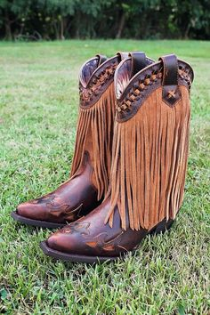 Dingo leather fringed cowboy boots are gorgeous! | Out Here Style ...