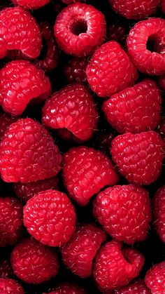 Screensaver with raspberries for summer❤️ - Wallpaper - Fruit Summer Wallpaper, Cute Wallpaper Backgrounds, Screen Wallpaper, Aesthetic Iphone Wallpaper, Cute Wallpapers, Aesthetic Wallpapers, Girl Wallpaper, Iphone Wallpapers, Vintage Flower Backgrounds
