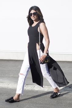 Outfit | A Minimal Take On The Sleeveless Tunic and Flat Mules