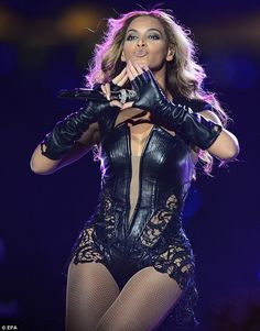 Beyonce - go girl! LEATHER CORSET HOT 10414