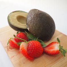 Avocadojäätelö – vain kolme raaka-ainetta! (vegaaninen) Food Inspiration, Avocado, Vegan Recipes, Lawyer, Vegane Rezepte, Vegetarian Recipes