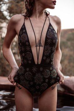 Shop stylish women's swimwear at FABKINI & find tankinis, bikinis, one-piece swimsuits, monokinis & more. Bikini Modells, Bikini Girls, Bikini 2017, Boho Mode, Neue Outfits, Inspiration Mode, Beachwear, Swimwear, Hot Lingerie