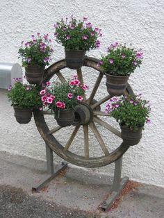 alte gartengeräte deko | Liebhaber alter Gartendeko? - Seite 7 - Gartenpraxis - Mein schöner ...