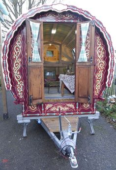 Gregs Gypsy Bowtop Caravans - built in the UK.  I often have these crazy dreams  where I imagine myself living in a gypsy caravan, traveling around to fairs and selling beadwork.