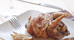 Considerada como la reina de la #caza menor, la #perdiz tiene un sabor fuerte y aromático. En la Pondala se puede degustar en escabeche o con verduras. #gastronomía #LaPondala #restaurante #Gijón #Asturias