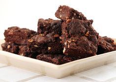 Gluten-Free Super Fudgy Chocolate Brownies recipe - Canadian Living (I'd try them without the nuts). Fudge Brownies, Chocolate Chip Brownies, Mocha Chocolate, Brownie Cake, Vegan Chocolate, Chocolate Desserts, Chocolate Cake, Coffee Brownies, Coconut Brownies