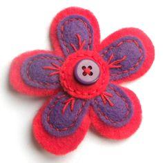 Flower brooch - Spring crafts for kids