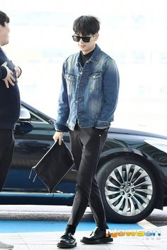 Korean Celebrities, Celebs, Ikon Kpop, Hanbin, Airport Style, Men Fashion, Songs, Life, Celebrities