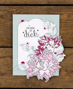 wieesmirgefaellt.de | Altenew Majestic Bloom Cards Hibiscus Bouquet, The Ton Stamps, Altenew Cards, Flower Cards, Homemade Cards, Stampin Up, Birthday Cards, Projects To Try, Card Making