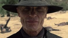 Everything we know about the mysterious Man in Black on 'Westworld' Westworld 2016, Westworld Season 2, Westworld Hbo, Rick Grimes, The Walking Dead, Hbo Tv Series, Bionic Woman, Ex Machina, Clint Eastwood