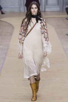 Chloé Fall 2016 Ready-to-Wear Collection - Vogue