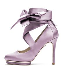 Liam Fahy $417 (euros)... ummmm maybe the most beautiful shoe that I ever did see... and it is in the purple family (my wedding colours),