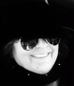 Elizabeth Vitale California Wayfarer, Sunglasses Women, Ray Bans, Poetry, California, Reading, Style, Swag, The California