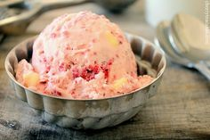 Love the girly, cheerful hue of this delicious Raspberry White Chocolate Chip Ice Cream.