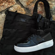 "Nike SF-AF1 ""Black Patent"" Force Is Female Size Wmns - Precio: 199 (Spain Envíos Gratis a Partir de 99) http://ift.tt/1iZuQ2v #loversneakers#sneakerheads#sneakers#kicks#zapatillas#kicksonfire#kickstagram#sneakerfreaker#nicekicks#thesneakersbox #snkrfrkr#sneakercollector#shoeporn#igsneskercommunity#sneakernews#solecollector#wdywt#womft#sneakeraddict#kotd#smyfh#hypebeast#nikeair #airforce #Nikeairforce"