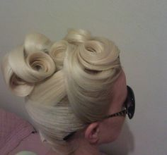 vintage-inspired hairstyle