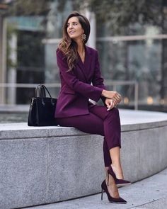 30 Trendy Work Attire & Office Outfits For Business Women Classy Workwear for Pr. - - 30 Trendy Work Attire & Office Outfits For Business Women Classy Workwear for Professional Look - Lifestyle Spunk winter outfits winter outfits ideas . Suit Fashion, Work Fashion, Fashion Outfits, Woman Outfits, Fashion 2018, Fashion Trends, Office Fashion Women, Fashion Top, Fashion Black