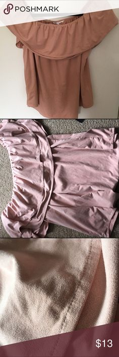 Pink suede soft feel off the shoulder top 💓💗💕💞 Brand is socialite from nordstroms. Pink color with a soft suede feel. Size is XL. I am usually a small but since the band us so strechy it helps it from rising up. Off rhe shoulder super cute 💓💕💞  ✨✨✨SEND REASONABLE OFFERS!!! PRICE IS NEGOTIABLE AND ASK TO BUNDLE TO SAVE ✨✨✨✨✨✨ PS i am adding ALOT of editions to my closet the next two weeks💖💖💖💖 Topshop Tops Blouses