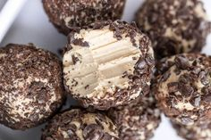 If you like fat bombs, this post is for you! Here are 8 Keto fat bomb recipes that are easy to make and so delicious. These fat bomb recipe ideas are so decadent and make Keto snacking a breeze. Keto Cheesecake, 3 Ingredient Cheesecake, Keto Cookies, Brownie Cookies, Chip Cookies, Cream Cheese Fat Bombs, Cream Cheese Recipes, Recipe With Cream Cheese And Chocolate Chips, Chocolate Fat Bombs